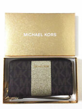 e9a204b72d8b65 NWT MICHAEL KORS Giftable Center Stripe Large Flat PHN Wallet Wristlet Brown