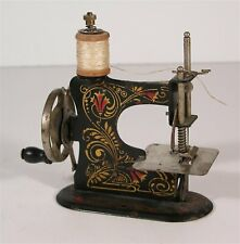 1920s MINIATURE CHILDS TOY SEWING MACHINE By CASIGE - VERY SMALL WORKING MACHINE