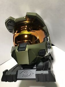 Halo 3 - Master Chief Helmet and Stand - Legendary Edition - No Game