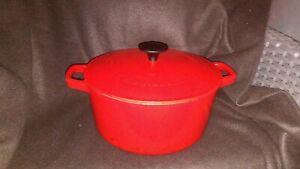 Cuisinart Dutch Oven Roaster Enameled Cast Iron Red 5 QT C1650-25