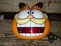 Vintage 1991 Sunbeam Garfield Head Digital Alarm Clock 887-99 Electric
