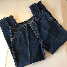 Wrangler Mens Jeans Sz 40x30 Medium Wash Blue Straight Leg Style & Comfort