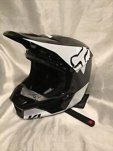 Fox YTH V1 Revn Helmet Black/White Size Youth Large New w/Box