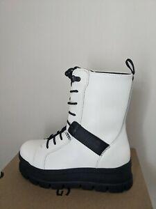 Ugg Australia  Women's Sheena Leather Combat Boots  Size 7 NIB