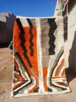 authentic Moroccan AZILAL BERBER BENI OURAIN HAND  wool 5 x 8 ft 150 x 250 tapis