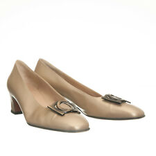 Salvatore Ferragamo Gold Leather Pump Heels w/ Gancio Hardware - Size 10 5A