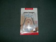 "FAIRGROVE Plate Hanger . Fits 5"" - 8"" . NEW ON CARD"