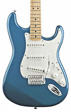 Guitares électriques bleus