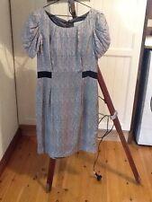Cue dress, size 8, 100 percent silk, grey with black