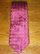 Forsyth Men's Red Checkered Necktie Geometric 60 x 3.75 T02