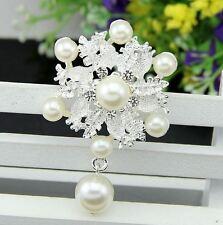 """Plata 2.4"""" Blanco Flor Hoja y Crema de Perla Diamante Broche de diamantes de imitación de cristal"""