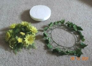 Vintage CANDLE RINGS PLASTIC FLORAL SPRING SUMMER FLOWERS + Stand