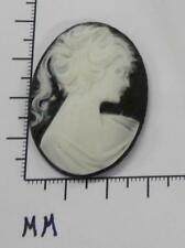 blk/wht. Oval 30x40 - by dz. Sale 70245 Cameo - Vict. Lady w/Long Hair