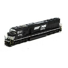 Athearn Genesis HO ATHG67418 SD60I WITH PTC NS # 6725(dcc with Tusnami 2)