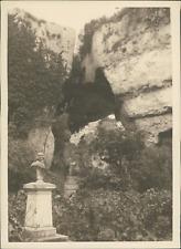 Sicile, Buste au pied du rocher, ca.1925, vintage silver print vintage silver pr