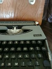 More details for gossen tippa typewriter with leather case