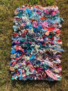 Beautiful Handmade Multicolored Scarf Shag Area Rug