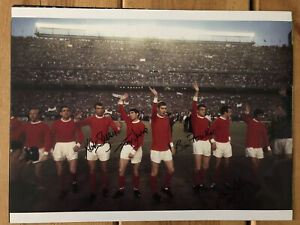 Manchester United 1968 European Cup Squad Signed 16x12 Photo. See Exact PROOF.