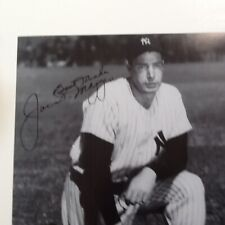 LOOKS AWESOME FRAMED JOE DIMAGGIO SIGNED MARILYN MONROE 10X8 PHOTO
