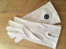OFFICIAL UGLE BRANDED GLOVES WITH THE NEW LOGO SIZE MEDIUM - MASONIC