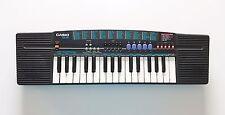 Teclado / Piano electrónico - Sintetizador Casio SA-39 (Instrumento Musical)