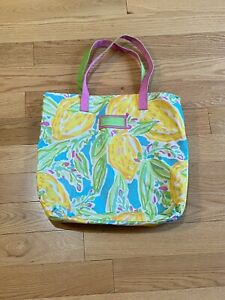Lilly Pulizer for Estee Lauder Tote Bag Clean!
