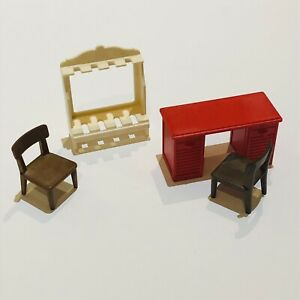 Playmobil Western Wild Wear Spares Bundle Table Chairs Rifle Gun Stand Holder