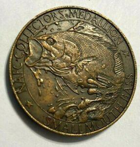 "vintage NORTH AMERICAN FISHING CLUB ""SMALLMOUTH BASS"" (NAFC) MEDALLION COIN fish"