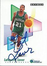 Signed 1991-92 Sky Box Charles Oakley New York Knicks  Basketball card #192 COA