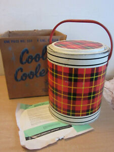 Vintage 1950's CHEINCO #530 4 gal cooler Queen O Scots Red plaid w/ box