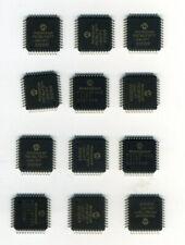 LOT DE 12 x PIC 16LF877- 04 / PT EN BOITIER TQFP44 - MICROCHIP