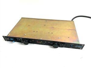 Furman PL-PRO 20A Power Conditioner Amplifier Rackmount w/ Lights & Voltmeter