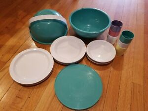 Vtg Ingrid Mid Century Mod Picnic Set Plates Cups Atomic Party Ball