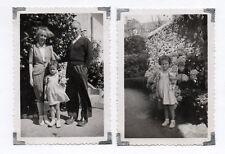 2 PHOTOS ANCIENNES Snapshot Enfant Poupée Poupon Jouet Jeu Grand Parent Fille