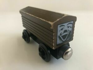 1992 Troublesome Brakevan Thomas Wooden Railway - Flat Magnets, Staples RARE!