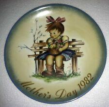 """""""The Flower Basket"""" Mothers Day 1982 Schmid Collector Plate Bertha Hummel German"""