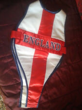 ENGLAND BIB VEST BABY/TODDLER BY 'LADYBIRD'. SIZE UP TO 12 MONTHS. BNWT £8