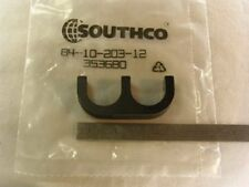 5 Southco B4-10-203-12 Black 2 Finger Rack Pulls