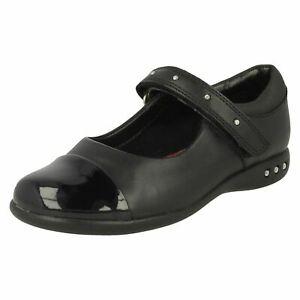 Filles Clarks Clouté Bracelet École Chaussures Prime Walk