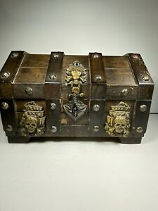 Vintage Pirates Treasure Chest / Jewelry box Skulls and Cross Bones