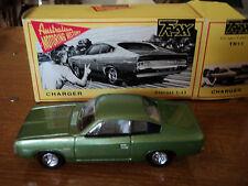 TRAX 1/43 Australian Chrysler Charger green