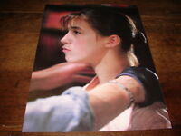 CHARLOTTE GAINSBOURG - MINI POSTER COULEURS !!!!!!!!!!!