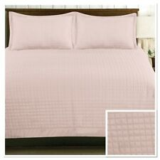 Rapport Harrogate Quilted Bedspread 220 x 250cm Plus Optional Pillowshams Pink