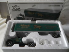 First Gear Mack 1960 Model B-61 Tractor and Trailer 1:34 Diecast 19-0117
