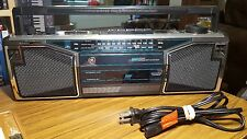 VINTAGE GENERAL ELECTRIC 3-5622A PORTABLE AM/FM STEREO CASSETTE RECORDER Working