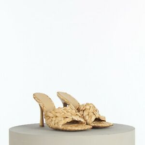 BOTTEGA VENETA 1050$ Mule Sandals In Macadamia Intrecciato Raffia