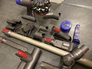 Dyson V8ANIMAL Handheld Vacuum Cleaner