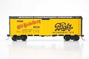 HO Athearn 40ft Old Hiedelberg / Blatz Steel-Side Ice Hatch Refrigerator Car, Xl