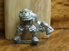 CLASSIC METAL ORK DEATH SKULL RUNTHERD WITH MEGAPHONE UNPAINTED (2309)