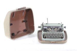 Old Typewriter Vintage Typewriter Suitcase